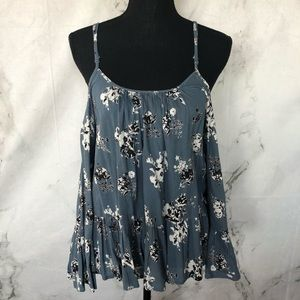 Lulu's Blue floral top